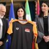 La t-shirt ufficiale della XXV ACEA Maratona Internazionale di Roma