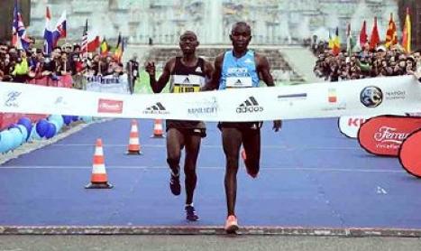 Il calcio a patti con il podismo Napoli in trasferta per la Napoli City Half Marathon